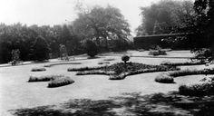 Tour Scotland Photographs: Old Photograph King's Park Glasgow Scotland