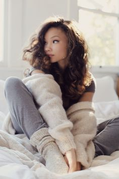 thick knits, cozy sweaters, lounge wear and messy hair