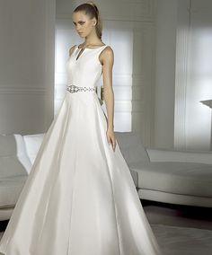 Custom Wedding Gowns | Custom Made Wedding Dresses - Marriage Outfit Worldwide