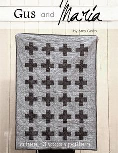 A free pattern for an easy and graphic modern baby crib quilt