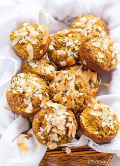 Flourless Pumpkin Muffins Recipe made in a blender with oats, pumpkin puree, coconut milk, coconut oil, coconut flakes and naturally sweetened with dates. | ifoodreal.com