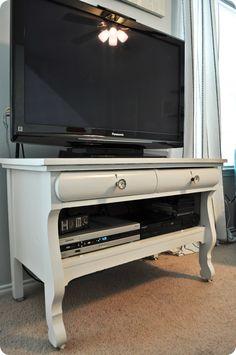 A redo: antique dresser turned tv stand. dawn richardson · dresser as entertainment center Refurbished Furniture, Repurposed Furniture, Furniture Makeover, Diy Furniture, Vintage Furniture, Dresser Tv Stand, Best Dresser, Dresser Ideas, Diy Drawers