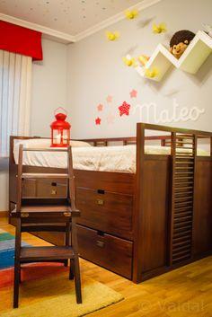 Camas para pared en pinterest muebles de ahorro de for Silla convertible en escalera