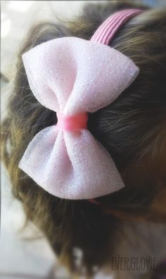 Glitter Tulle Bow Headband   Glitter Tulle Bow Headband! #handmade #tulle #bows #accessories #headband #everglowe Στέκα με Τούλινο Φιόγκο! #τούλι #φιόγκος #φιόγκοι #everglowe