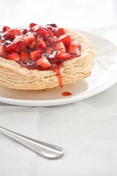Puff Pastry Strawberry Pie