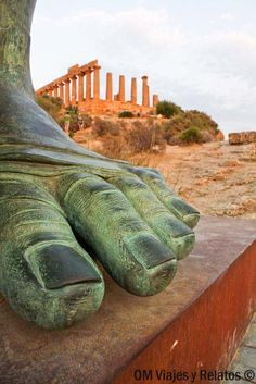 'My name is Ozymandias King of Kings: Look upon my works ye mighty and despair! ~Agrigento, Icaro, Sicily, Italy One of my favorite poems! Architecture Classique, Art Et Architecture, Ancient Ruins, Ancient Rome, Places To Travel, Places To See, Beautiful World, Beautiful Places, Sicily Italy