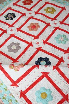 Sweet Quilt New Quilt Pattern in paper and PDF featured by Top US Quilt Blog, A Quilting Life House Quilt Patterns, House Quilts, Baby Quilts, Quilt As You Go, How To Finish A Quilt, Layer Cake Quilts, Block Head, Quilting Projects, Quilting Ideas