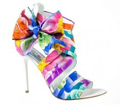 I'd wear these amazing rainbow heels Chic Chic, Pretty Shoes, Beautiful Shoes, Awesome Shoes, Rainbow Heels, Tiffany Blue Color, Rainbow Wedding, Pumps, Shoe Closet