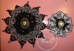 black flowers | Angela Holt | Flickr