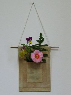 Pocket vase Cute Home Decor, Floating Shelves, Vase, Pocket, Fabric, Tejido, Tela, Wall Shelves, Cloths