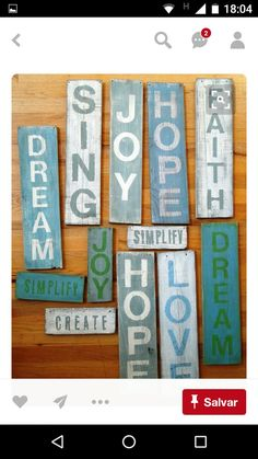 40 Incredibly DIY Wood Sign Ideas with Quotes to Decor Your Home Diy Wood Signs, Pallet Signs, Pallet Crafts, Wood Crafts, Wood Projects, Craft Projects, Pallet Creations, Diy Holz, Diy Décoration