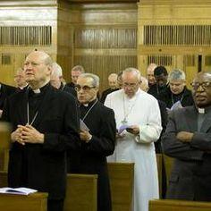 Pape François - Pope Francis - Papa Francesco - Papa Francisco - Ariccia (Roma). Il papa agli esercizi spirituali
