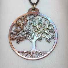 Reviewz & Newz: Tree of Life Pendant Giveaway