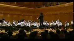Japan 2009's top elementary school symphonic band performance.  | Aside from the fact that these are elementary students and this is an incredible performance, ALL OF THEIR MUSIC IS MEMORIZED. MIND=BLOWN.