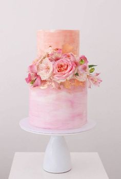 Wedding Cake Inspiration – Sweet Bakes The pink wedding cake of dreams – pin to your wedding inspiration board and share with your cake designer – just tailor the floral decorations to your flower arrangements. Beautiful Wedding Cakes, Gorgeous Cakes, Pretty Cakes, Amazing Cakes, Perfect Wedding, Bolo Floral, Floral Cake, Floral Wedding Cakes, Wedding Cake Designs