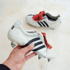 Adidas Predator mania SG champagne colourway  lastest addition to my predator mania collection. Alot of the professional players prefer the studs set up. Its such a rare find to find it in the best colourway (my opinion). its even harder to find it in brand new condition. Next on the list will be the FG version. What do you guys think of this soleplate with studs instead of blade? comment below.... #Adidas #adidaspredator #limitededition #adidasfootball #pdsbootroom #sbspotlight #prodirect…