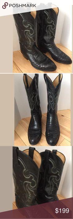 61f485f328b3 Tony lama Cowboy Boots 8 EE Black snake skin leather cowboy Western boots.  Fantastic condition