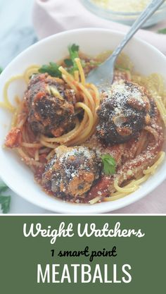 1 smart point Meatballs - Recipe Diaries #weightlossrecipes #groundbeef #pasta #noodles Weight Watcher Smoothies, Weight Watchers Breakfast, Weight Watcher Dinners, Weight Watchers Diet, Ww Recipes, Light Recipes, Cooking Recipes, Healthy Recipes, Healthy Dinners