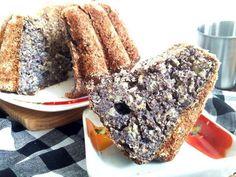 Maková bábovka Healthy Cake, Healthy Baking, Healthy Recipes, Yummy Recipes, Sweet Desserts, Sweet Recipes, Czech Recipes, Pavlova, Cookie Recipes
