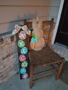 Easter pallet sign by Boymomof2Crafts on Etsy