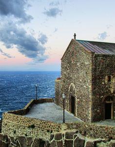 Castelsardo, Sardinia Castelsardo by Sara Casu on Flickr.