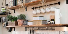 7 Budget-Friendly Kitchen Makeover Ideas And Tips Small Kitchen Cabinets, Farmhouse Kitchen Cabinets, Kitchen Shelves, Rustic Country Kitchens, Little Kitchen, Cabinet Decor, Cuisines Design, Open Shelving, Home Kitchens