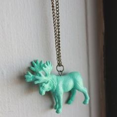awesome diy necklace!