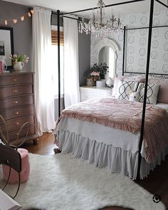 """1,634 Likes, 13 Comments - @dearlillie on Instagram: """"#tbt Lillie's room at our last house. You can click on the link in our profile to head to a post…"""""""