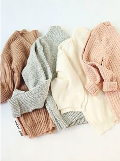 Lovely casual loose style with pullover sweater. 2019 Lovely casual loose style with pullover sweater. The post Lovely casual loose style with pullover sweater. 2019 appeared first on Sweaters ideas. Mode Outfits, Fashion Outfits, Womens Fashion, Fashion Ideas, Ladies Fashion, Dress Outfits, Sweater Dresses, Blouse Dress, Petite Fashion