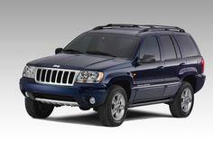 2004 Jeep grand cherokee color navy blue   Nice vary nice