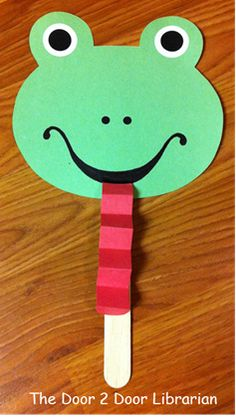 Frog. Stick Puppets. Autumn. Storytime. Preschool. Library. Home school. Every Child Ready to Read. ECRR.