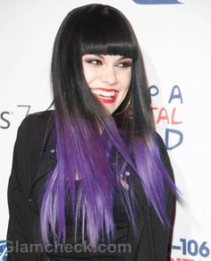 black & purple Ombre hair - I actually really love this! Black Purple Ombre, Purple Dip Dye, Purple Hair, Purple Tips, White Ombre, Soft Purple, Pastel Blue, Color Black, Ombré Hair