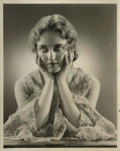 Bette Davis: 1931