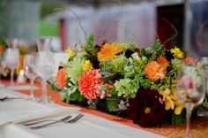 Lindsy Steinberg Events is a boutique Houston event planning and design firm. Fall Wedding Flowers, Fall Flowers, Love Flowers, Fall Flower Arrangements, Table Arrangements, 50th Wedding Anniversary, Flower Boxes, Autumn Inspiration, Wedding Planning