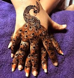 Best Mehndi Designs for Hands Fingers. You can easily make mehndi designs on your hands feet step by step. Peacock Mehndi Designs, Latest Arabic Mehndi Designs, Henna Art Designs, Mehndi Designs For Girls, Mehndi Designs 2018, Modern Mehndi Designs, Dulhan Mehndi Designs, Mehndi Designs For Fingers, Wedding Mehndi Designs
