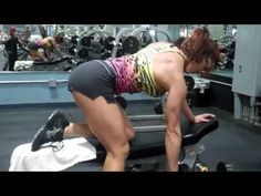 Erin Stern does chest/back supersets