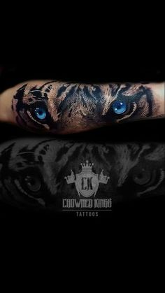 Tiger eyes #tiger_crown_tattoo