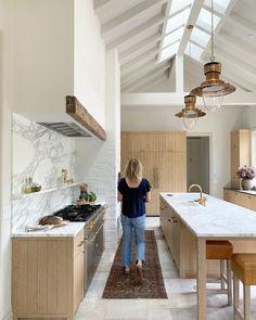 Unique Home Interior .Unique Home Interior Loft Interior, Interior Design Kitchen, Kitchen Decor, New Kitchen, Kitchen Ideas, Kitchen Recipes, Kitchen Living, Sweet Home, Cocinas Kitchen