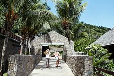 Chasing The Sun: Seychelles Part 4 – The Four Seasons » The Drifter