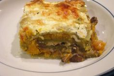 Roasted Butternut Squash Lasagne (will mix greens into the cheese) Raclette Originale, Spinach Noodles, Lasagne Recipes, Tacos, Rolled Sugar Cookies, Tomato And Cheese, Roasted Butternut Squash, Food 52, Vitamin E