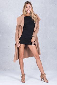 Black ruffle warm winter coat women turn down colar long coat hot fash – GaGodeal Winter Coats Women, Coats For Women, Blazer And Shorts, Red Blazer, Hot Shorts, Blazer Suit, Long Overcoat, Bell Bottom Pants, Black Ruffle