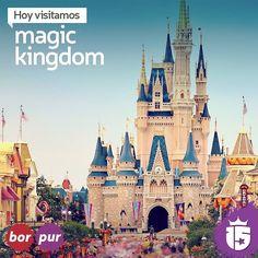 Con #bordoF16 y #purpuraF16 estamos en el lugar más mágico de todos! #Magic Kingdom! :: #Enjoy 15 #15 #febrero2016