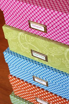 These DIY Fabric Storage Boxes are so handy and fun to make. You can decorate them to match your decor too! Check out the Hanging Fabric Storage Boxes as well. Do It Yourself Organization, Craft Organization, Craft Storage, Organizing Ideas, Storage Ideas, Decorative Storage, Decorative Accents, Storage Solutions, Storage Bins
