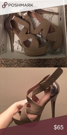 Also open toe heels I wore these twice they are in great conditions very comfy Aldo Shoes Heels