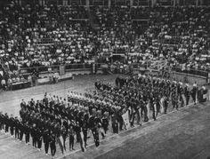 Ceremonia de inauguración de los Juegos Olímpicos de Roma en 1960. pic.twitter.com/VJ10MK5lLp