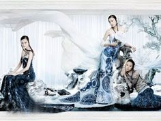 China caused by elegant blue and white wedding dress | In3Q