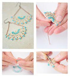 Crochet earrings - tutorial & free pattern (russ) Pinned from minchanka. Thread Crochet, Love Crochet, Beautiful Crochet, Diy Crochet, Crochet Crafts, Crochet Bracelet, Crochet Earrings, Beaded Jewelry, Handmade Jewelry