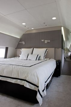 Most Expensive Private Jets - Boeing Business Jet 737 photos Jets Privés De Luxe, Luxury Jets, Luxury Private Jets, Private Plane, Luxury Yachts, Private Jet Interior, Yacht Interior, Interior Photo, Luxury Interior
