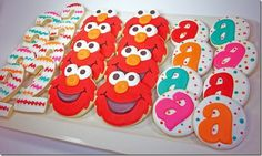 Elmo Cookies- J's for Jonah and neutral colors Sesame Street Party, Sesame Street Birthday, Sesame Street Cookies, Elmo Birthday, 3rd Birthday Parties, Girl Birthday, Elmo Cookies, Iced Cookies, Second Birthday Ideas