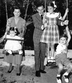 Frank Sinatra and his family.